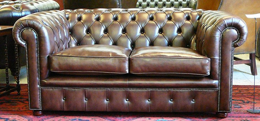 cc302st Classic Chesterfield 2-Seater
