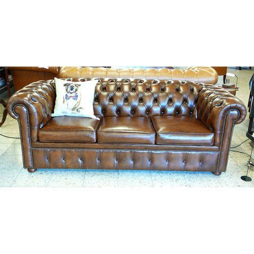 cc303b Classic Chesterfield Bed